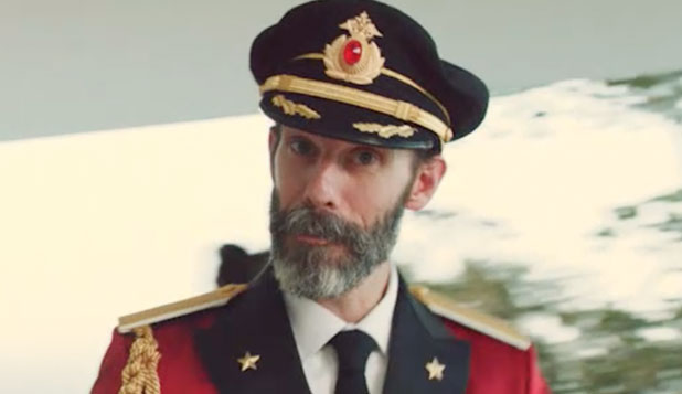 Click image for larger version  Name:Captain Obvious HotelsCom.jpg Views:79 Size:27.6 KB ID:121601