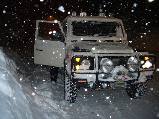 Click image for larger version  Name:Chammy in Mammoth 2004.jpg Views:263 Size:111.0 KB ID:2238