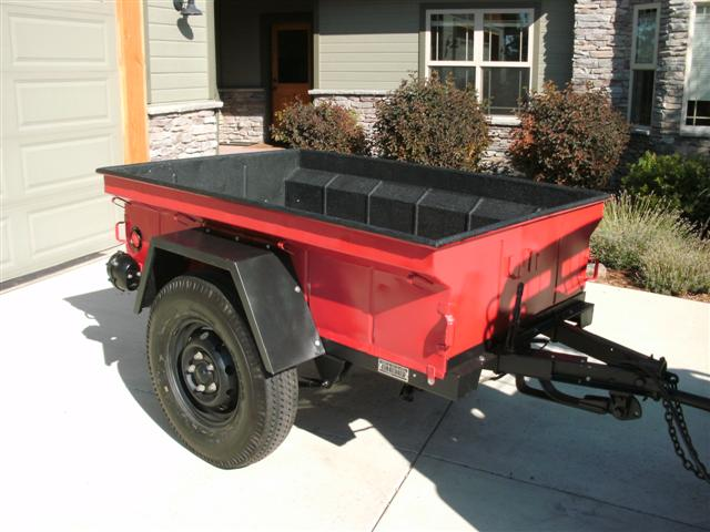 Click image for larger version  Name:Closeup of trailer.jpg Views:194 Size:56.0 KB ID:30793