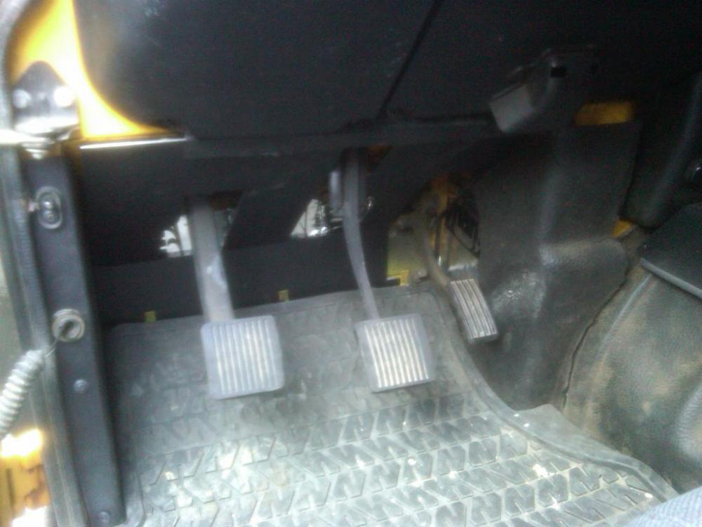 Click image for larger version  Name:clutch pedal arm - fat 1994.jpg Views:192 Size:67.3 KB ID:62830