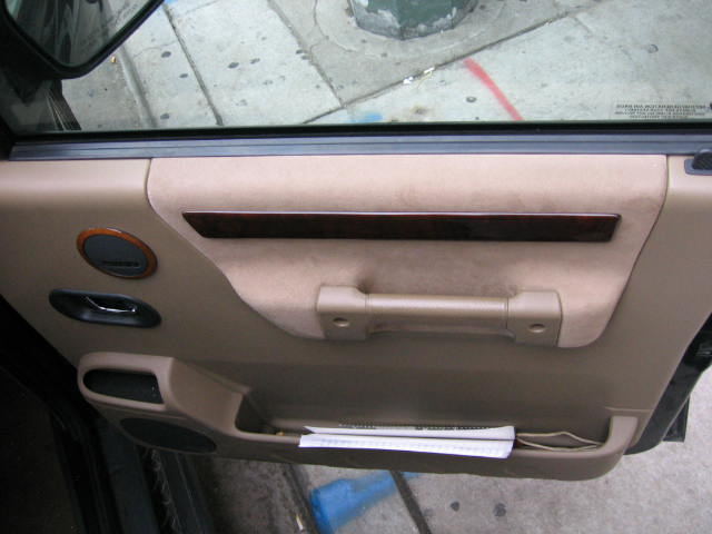 Click image for larger version  Name:Copy of Land Rover Interior Pictures 004.jpg Views:95 Size:42.9 KB ID:4042