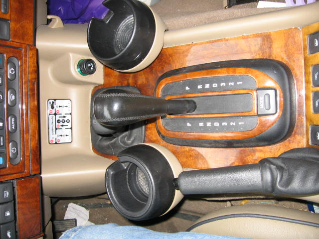 Click image for larger version  Name:Copy of Land Rover Interior Pictures 009.jpg Views:92 Size:71.9 KB ID:4043