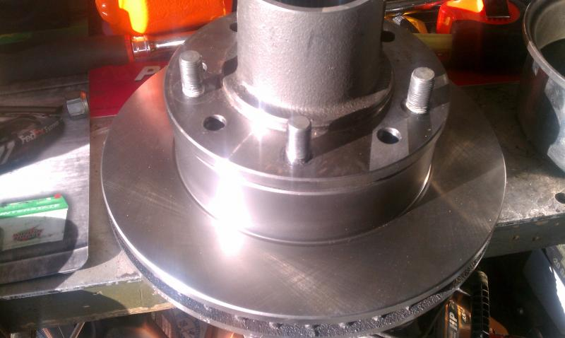 Click image for larger version  Name:D60 Ford front hub.jpg Views:112 Size:45.8 KB ID:110198