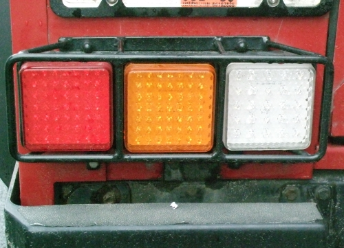 Click image for larger version  Name:d90taillamps1small.jpg Views:225 Size:156.4 KB ID:18374
