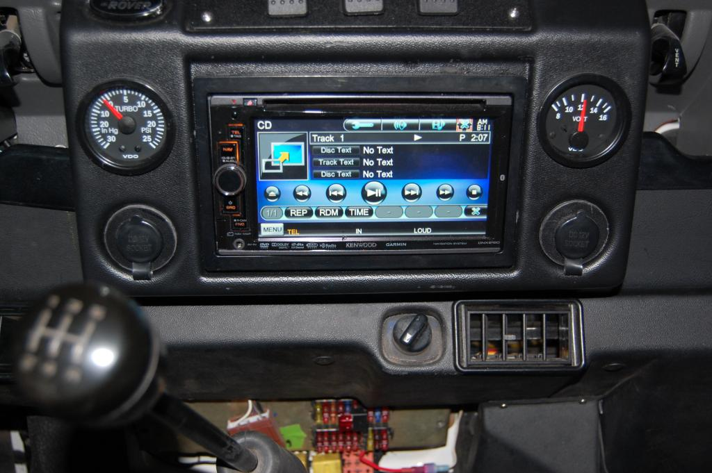 Click image for larger version  Name:dash radio.jpg Views:179 Size:97.3 KB ID:46021