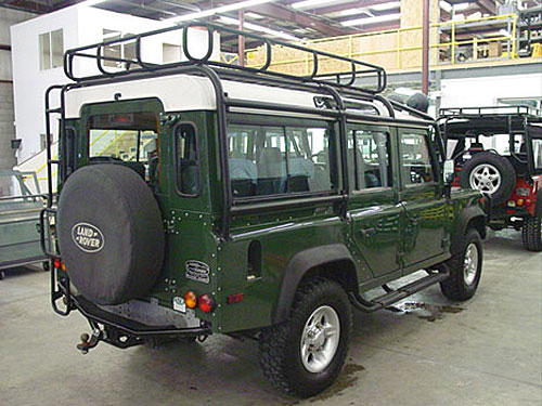 Click image for larger version  Name:Defender-110-rear-Restored-By-East-Coast-Rover.jpg Views:9937 Size:63.2 KB ID:18993