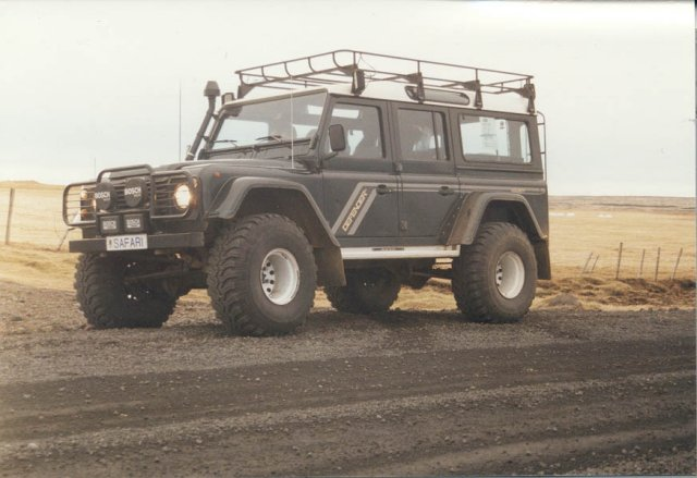 Click image for larger version  Name:Defender-130-38inch-640x480.jpg Views:84 Size:50.7 KB ID:41437