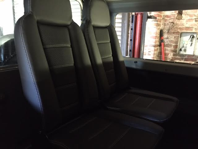 Click image for larger version  Name:Denfender seats.jpg Views:56 Size:24.4 KB ID:129529