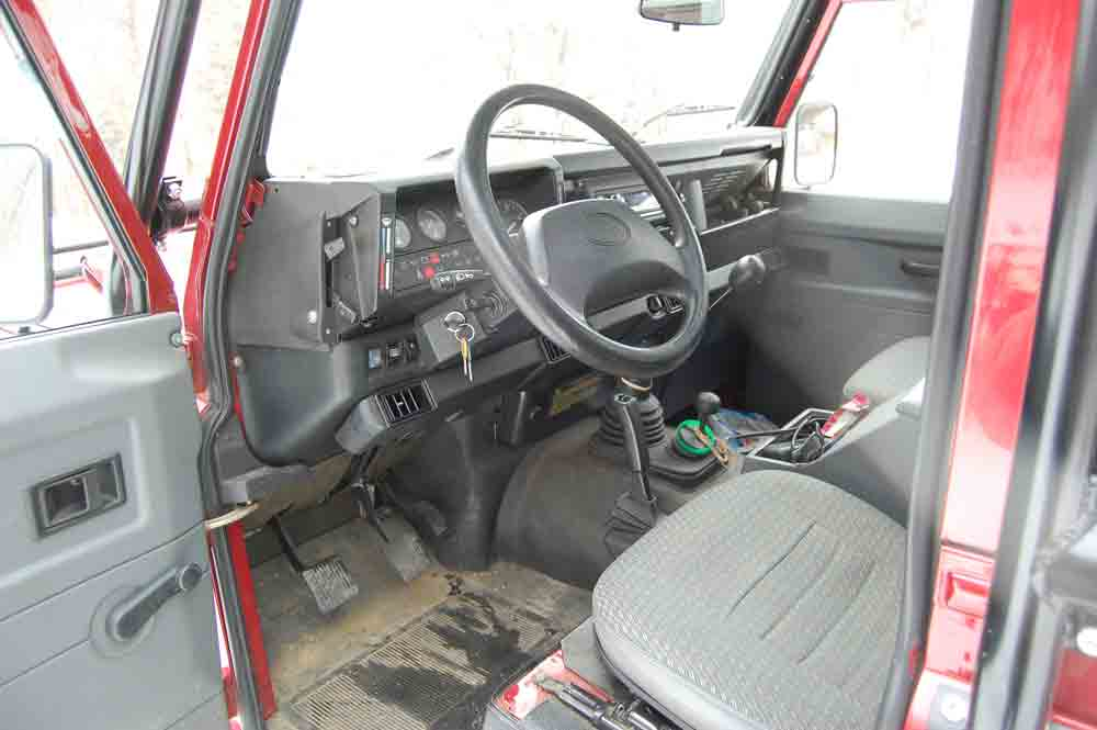 Click image for larger version  Name:Drivers-side-inside.jpg Views:516 Size:31.7 KB ID:25100