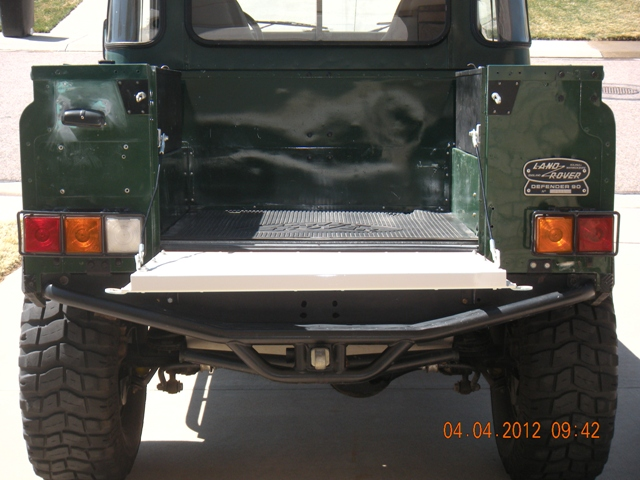 Click image for larger version  Name:DSCN3362 Rover rear no tire.JPG Views:237 Size:162.4 KB ID:52953