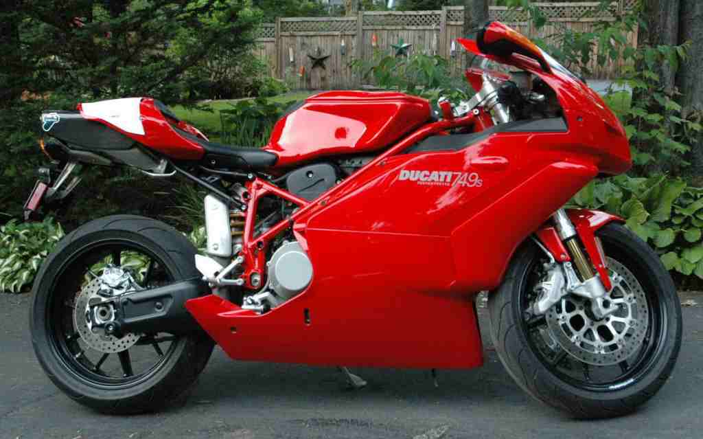 Click image for larger version  Name:Ducati.JPG Views:89 Size:78.3 KB ID:20994