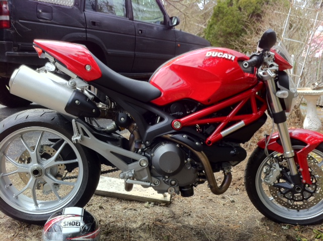 Click image for larger version  Name:ducati0414.jpg Views:338 Size:170.4 KB ID:93142