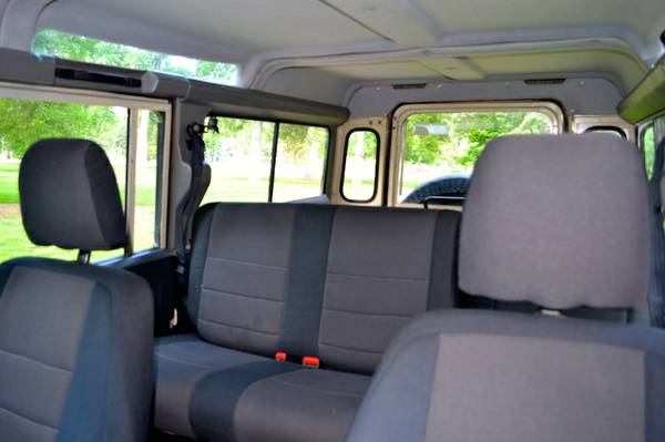 Click image for larger version  Name:Elizabeth front & rear seats.jpg Views:213 Size:24.8 KB ID:127279