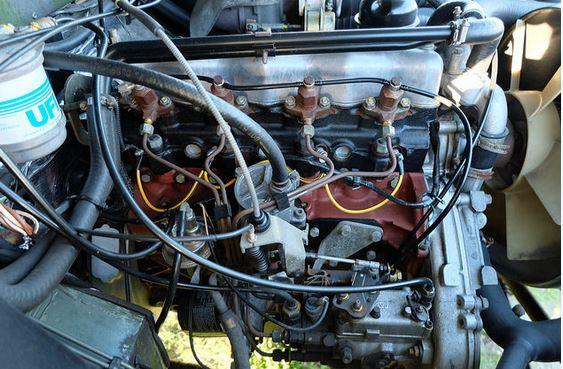 Click image for larger version  Name:engine.JPG Views:148 Size:69.3 KB ID:141163