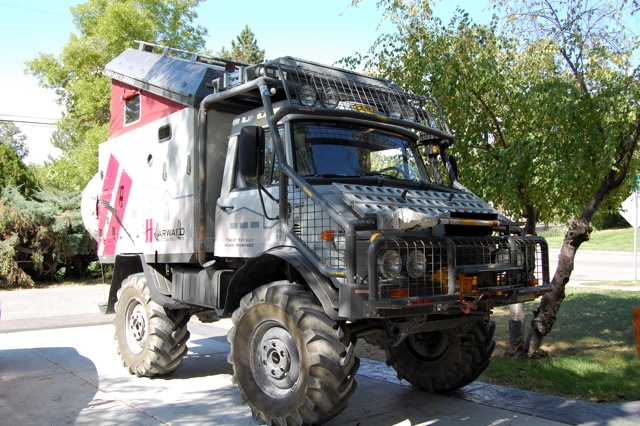 Click image for larger version  Name:Expedition_Unimog.jpg Views:118 Size:139.7 KB ID:16120