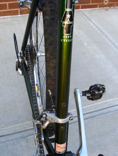 Click image for larger version  Name:fat downtube.jpg Views:104 Size:44.3 KB ID:27621