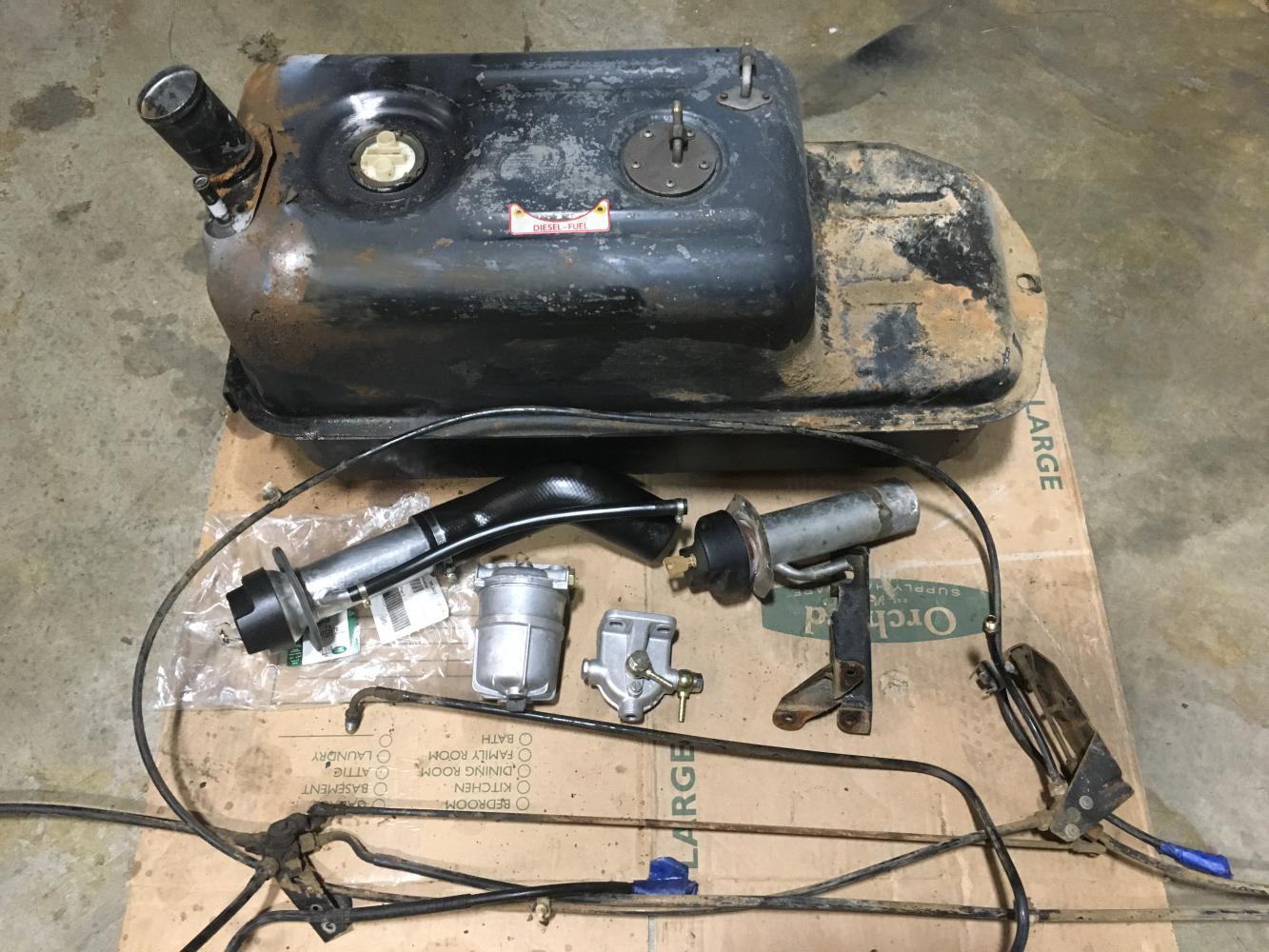 Auxiliary Fuel Tank Kit, 90/110 3 Door - Defender Source