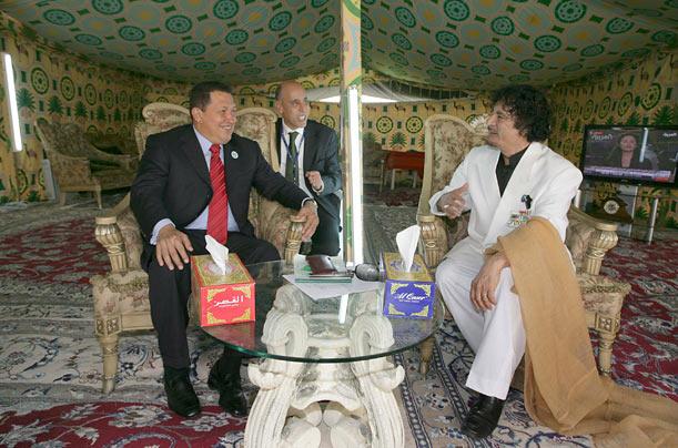 Click image for larger version  Name:gaddafi_10.jpg Views:105 Size:78.4 KB ID:99889