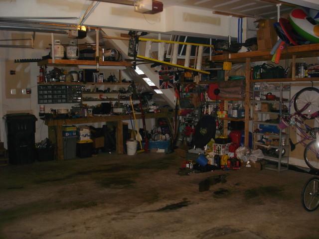 Click image for larger version  Name:garage1.jpg Views:114 Size:85.5 KB ID:12492