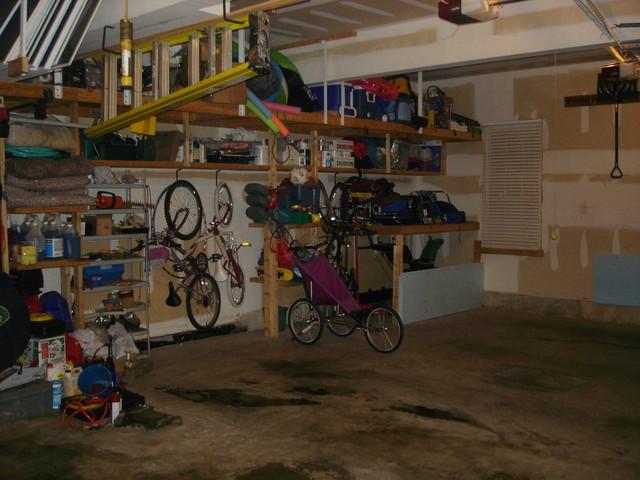 Click image for larger version  Name:garage2.jpg Views:104 Size:89.4 KB ID:12493