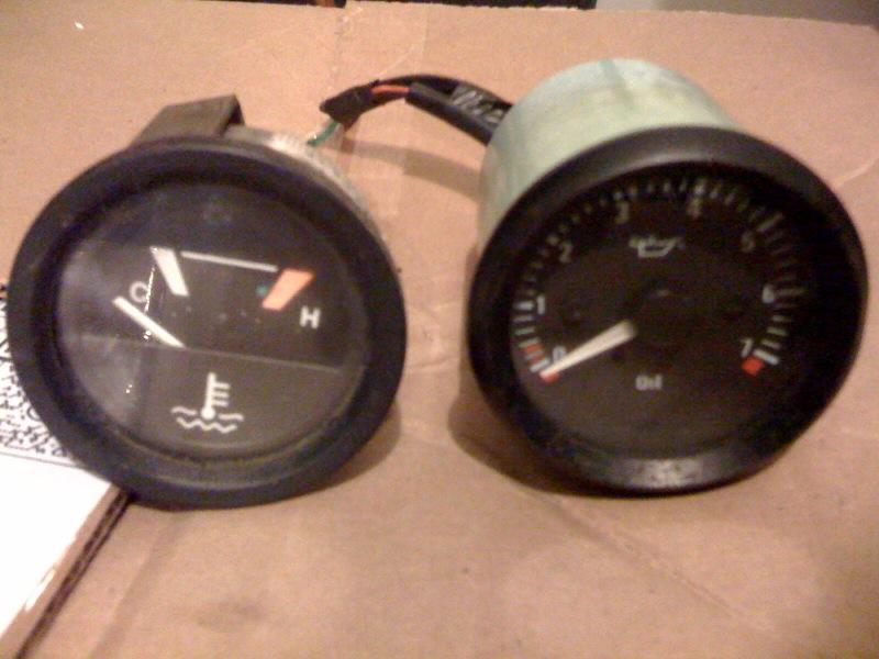 Click image for larger version  Name:gauges.jpg Views:88 Size:128.8 KB ID:24584
