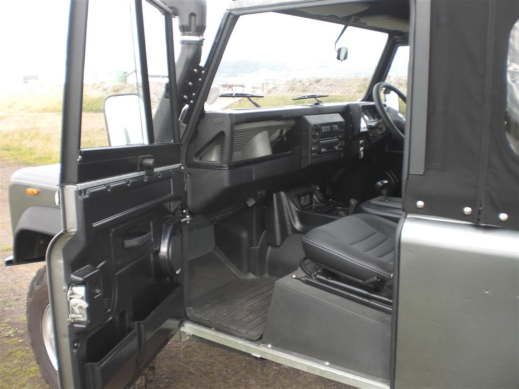 Click image for larger version  Name:Gren auto interior 3.jpg Views:319 Size:88.0 KB ID:42562
