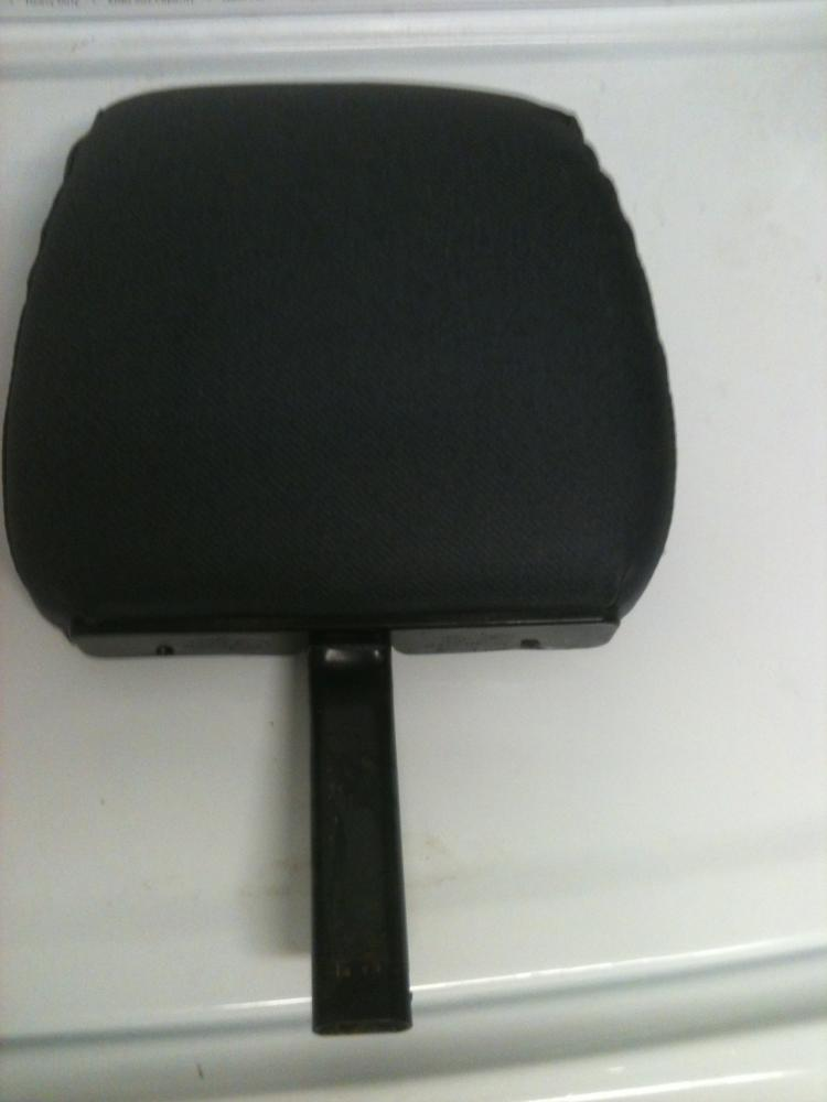 Click image for larger version  Name:headrest (2).jpg Views:57 Size:40.1 KB ID:63223
