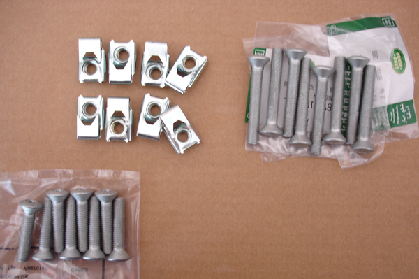 Click image for larger version  Name:hingebolts.png Views:103 Size:375.0 KB ID:13181