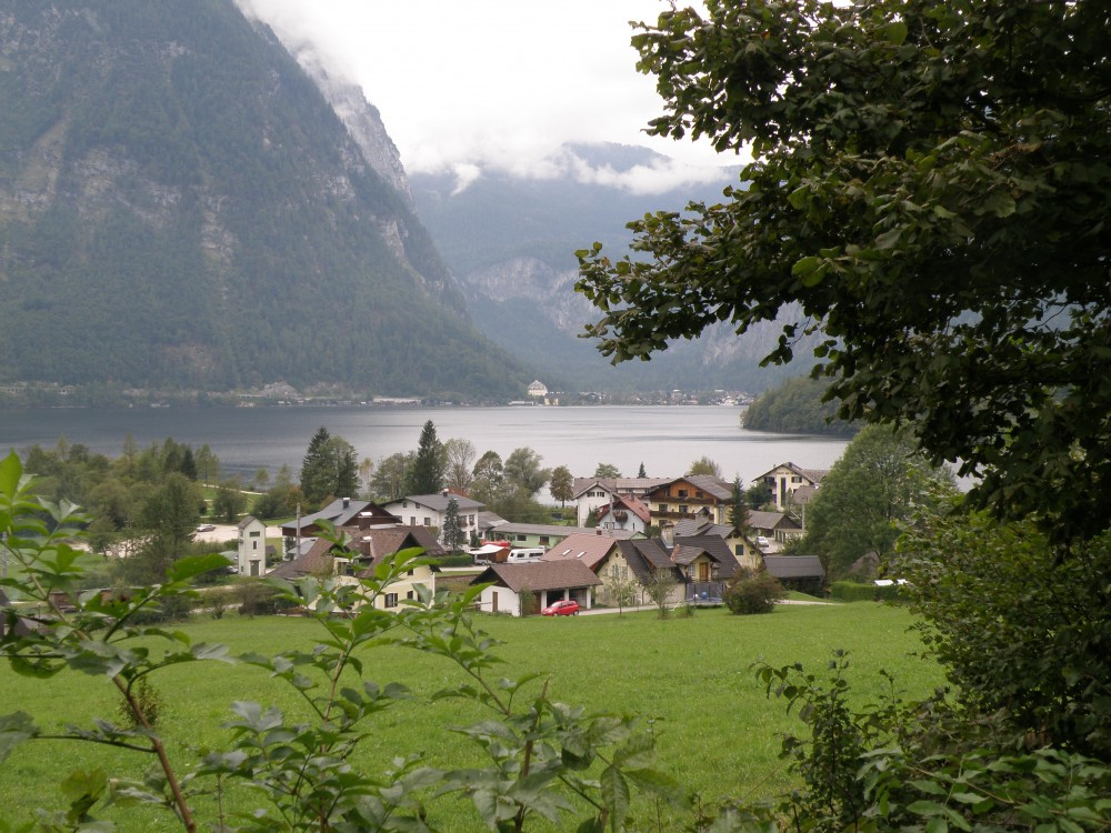 Click image for larger version  Name:hotel am see, obertraun, austria.jpg Views:151 Size:239.5 KB ID:31660