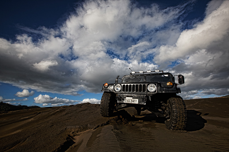 Click image for larger version  Name:Humvee1.jpg Views:142 Size:158.5 KB ID:67730