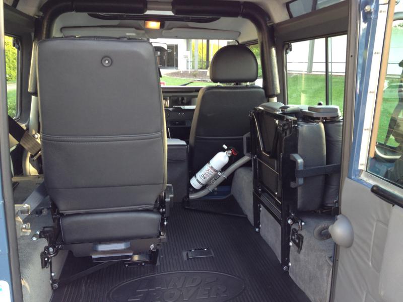 9dbdd6eb4 Swing away jump seats - Defender Source