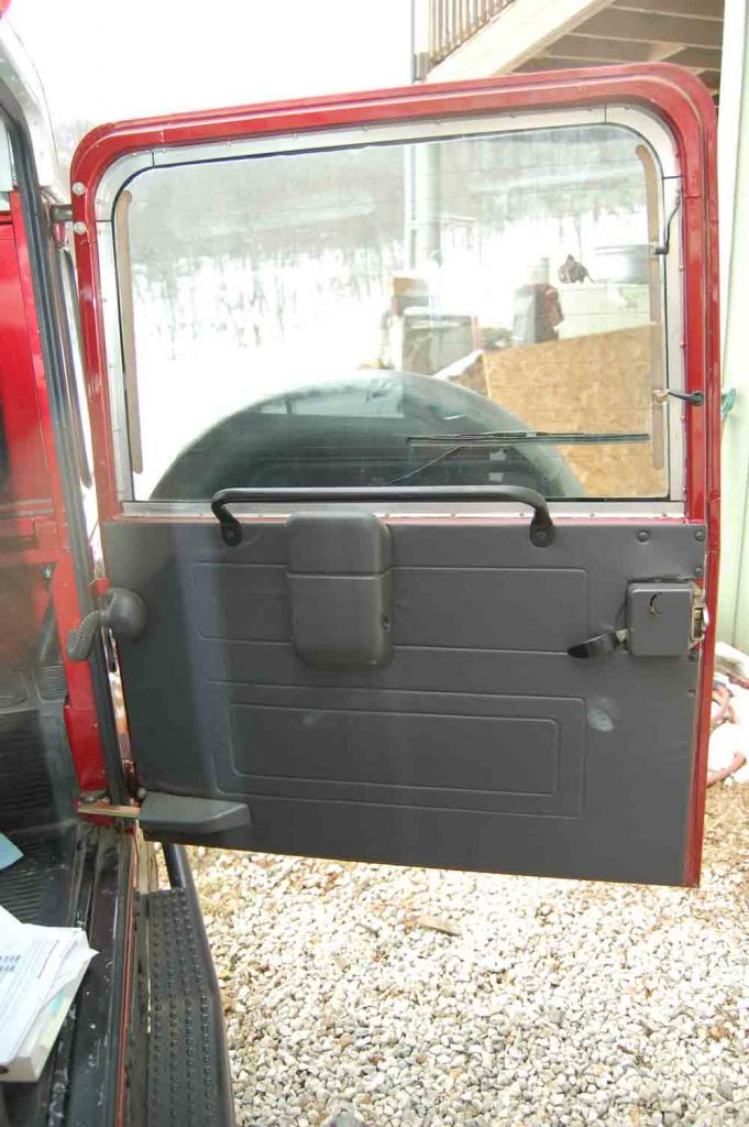 Click image for larger version  Name:Inside-rear-door.jpg Views:404 Size:99.9 KB ID:25109