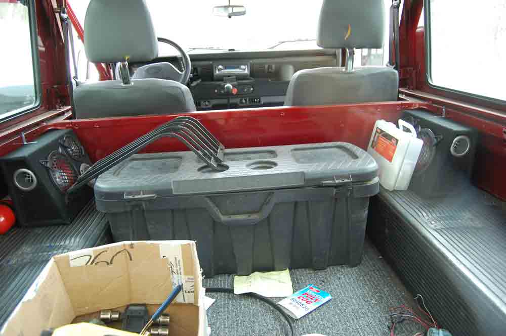Click image for larger version  Name:Inside-rear-hatch.jpg Views:508 Size:34.7 KB ID:25110