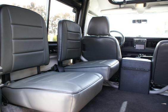 Click image for larger version  Name:interior 2.jpg Views:162 Size:25.4 KB ID:22938