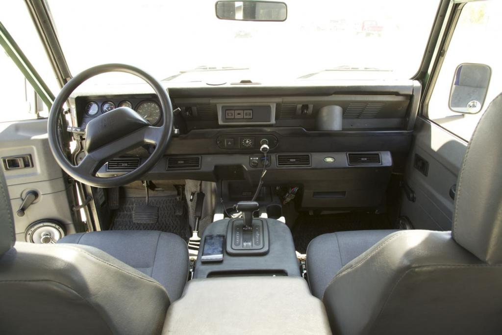 Click image for larger version  Name:interior dash.jpg Views:239 Size:69.8 KB ID:43983
