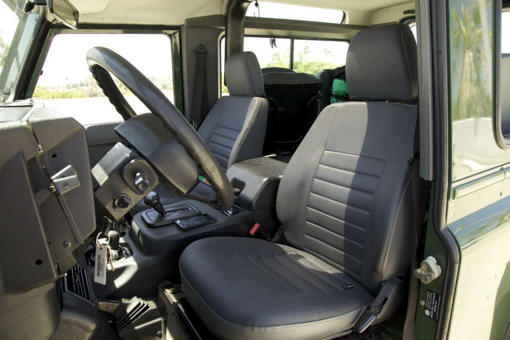 Click image for larger version  Name:interior drivers.jpg Views:322 Size:84.1 KB ID:43973