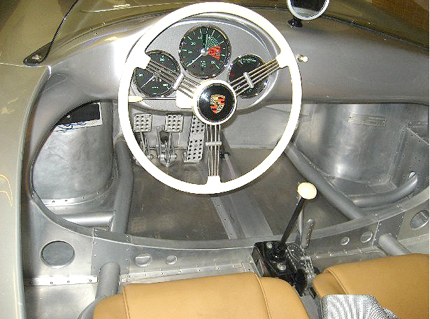 Click image for larger version  Name:interior.jpg Views:85 Size:387.9 KB ID:47689
