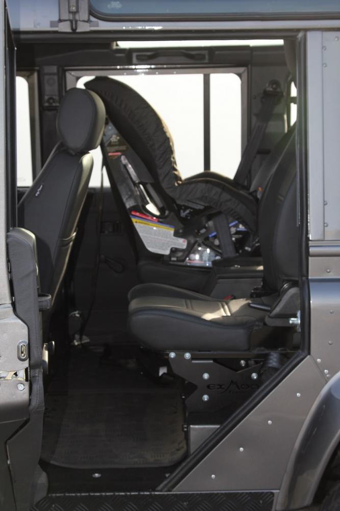 Click image for larger version  Name:Interior - Second Row.jpg Views:782 Size:58.5 KB ID:90247