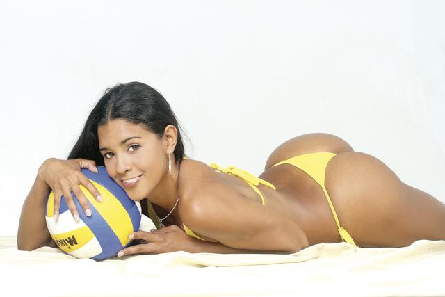 Click image for larger version  Name:jaqueline-carvalho-brasil-volleyball-37.jpg Views:121 Size:198.8 KB ID:55309