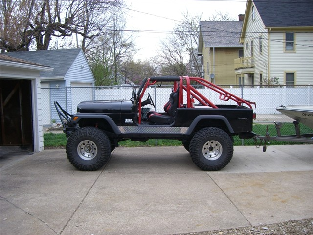 Click image for larger version  Name:Jeep Boat 1.jpg Views:97 Size:102.6 KB ID:30586