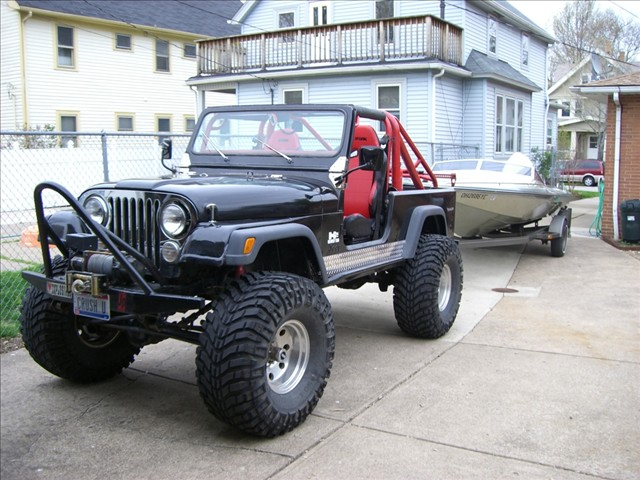 Click image for larger version  Name:Jeep Boat 2.jpg Views:97 Size:100.6 KB ID:30587