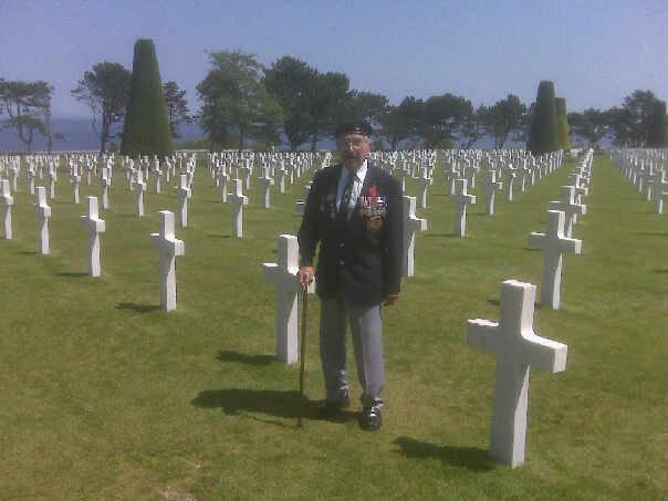 Click image for larger version  Name:Ken Howes RN, landed troops on Omaha 060644.jpg Views:130 Size:35.5 KB ID:39409