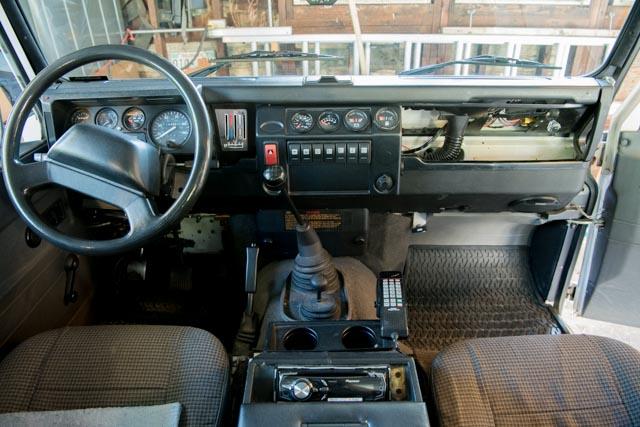 Click image for larger version  Name:land Rover Defedner 110 NAS-3271.jpg Views:391 Size:98.5 KB ID:274362