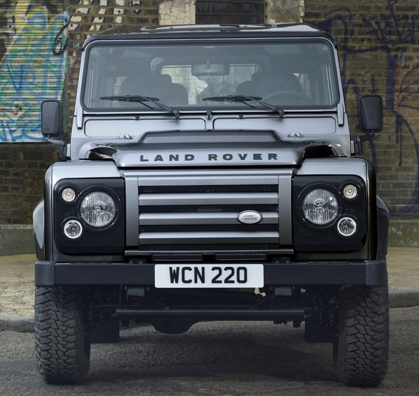 Click image for larger version  Name:Land-Rover-Defender-XTech.jpg Views:152 Size:82.1 KB ID:118308