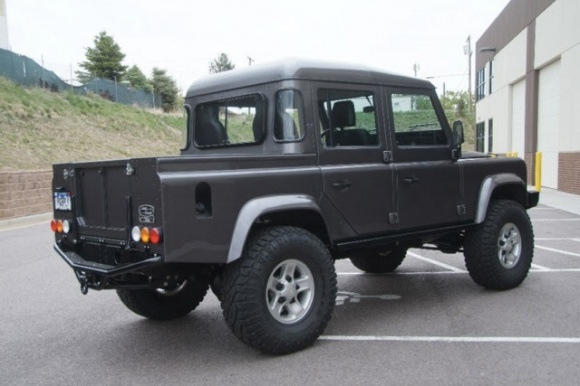 Click image for larger version  Name:Land_Rover_Defender_110_Four_Door_4_Pick_Up_Truck_4x4_For_Sale_resize.jpg Views:151 Size:69.7 KB ID:62747
