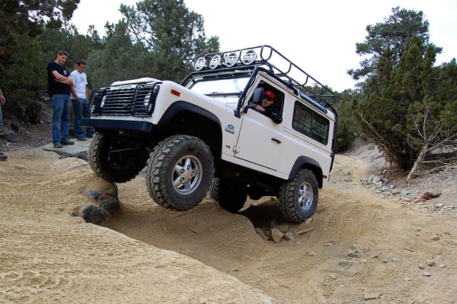Click image for larger version  Name:Land_Rover_Defender_90_Rattlesnack_Offroad_Utah.jpg Views:124 Size:423.0 KB ID:16116