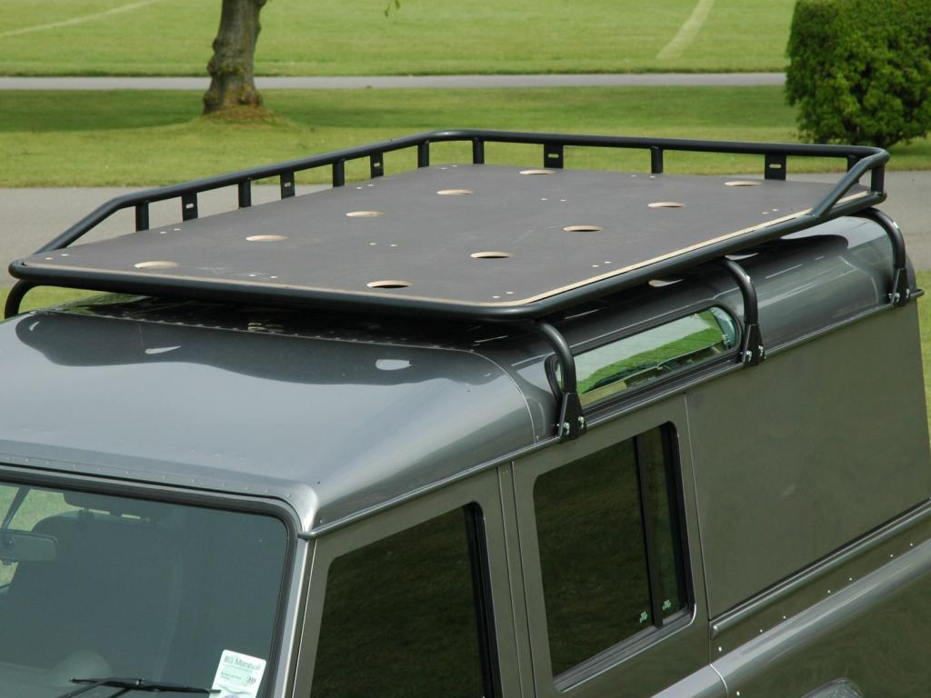 Click image for larger version  Name:Land_Rover_Defender_90_Safety_Devices_Explorer_roof_rack_L2290LRG_with_marine_ply_floor.jpg Views:205 Size:76.9 KB ID:43573