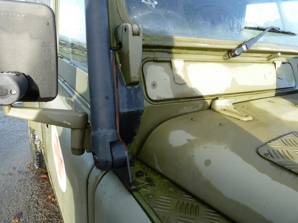 Click image for larger version  Name:landrover ebay items 025.jpg Views:129 Size:93.2 KB ID:111105