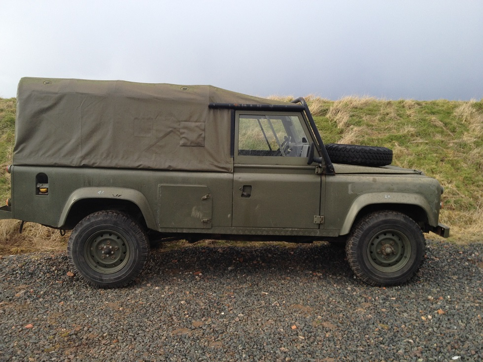 Click image for larger version  Name:landrover softtop290215 023.JPG Views:119 Size:284.0 KB ID:114806