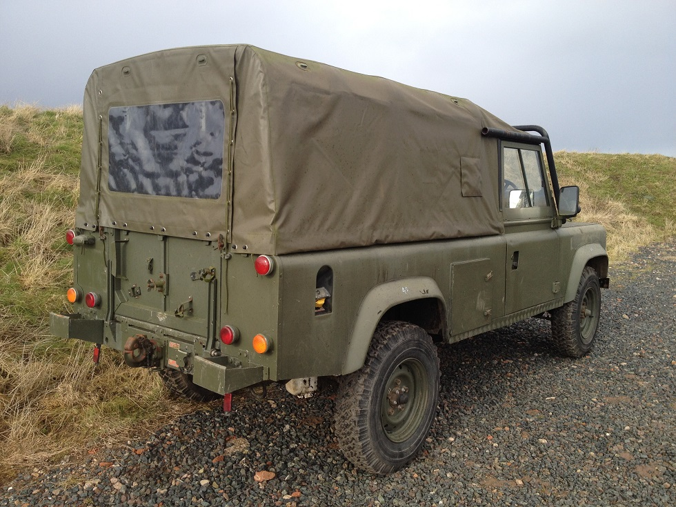 Click image for larger version  Name:landrover softtop290215 024.JPG Views:112 Size:321.6 KB ID:114807